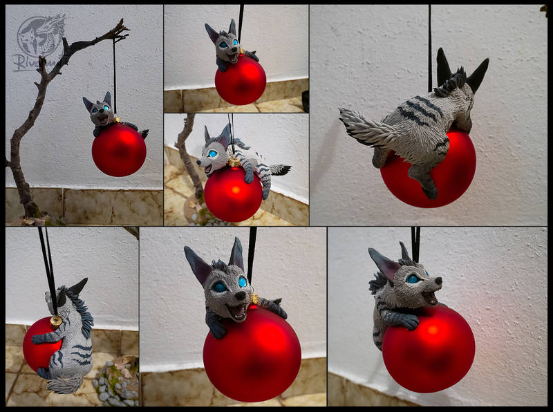 raffle hyena christmass sculpture Sculptures Christmass raffle Sculptures