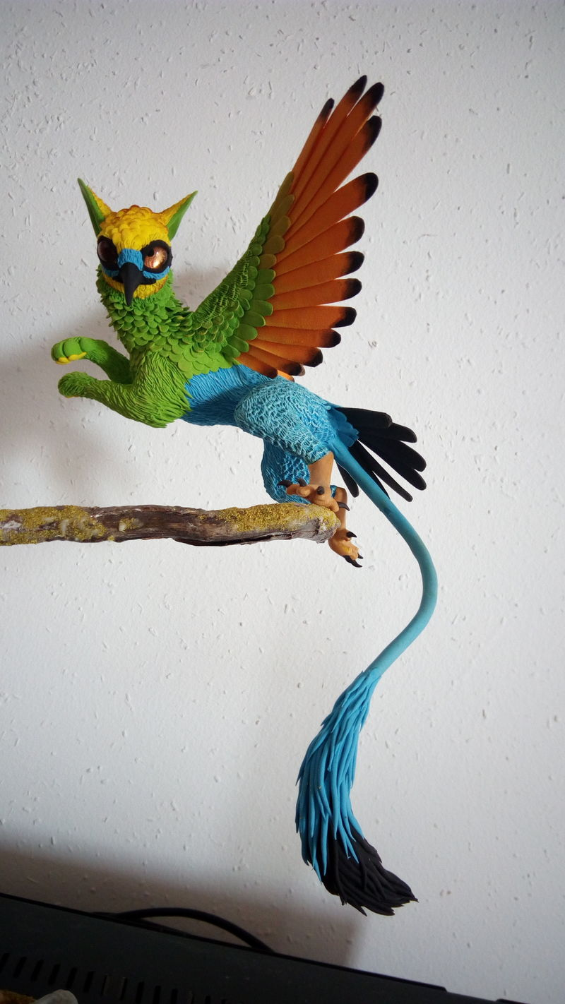 This colorful birdy gryphon has  very interesting balance :)