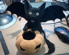 haloween sculpture cat batkitty pumpkin